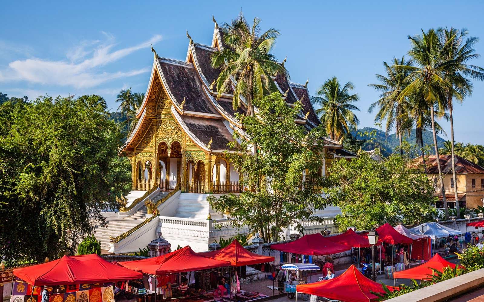 wat pahouak temple luang prabang laos 07 TOPCITIESWB18
